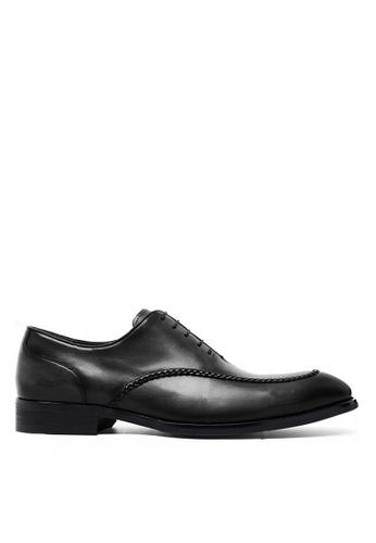 Twenty Eight Shoes 復古手工雕花真皮皮鞋 891702 1CC83SHB1EBFDBGS_1