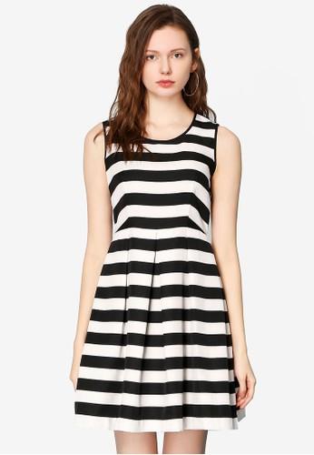 Hopeshow black and white Horizontal Striped Sleeveless Dress BA90BAA60D6EA6GS_1