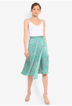 4d703de18 15% OFF Miss Selfridge Petite Dark Green Animal Print Satin Skirt HK$  380.00 NOW HK$ 322.90 Sizes 4 6 8