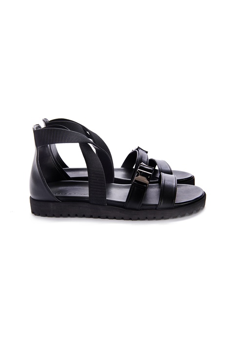 3c2c41a23418dd Buy Sandals   Flip Flops For Men Online