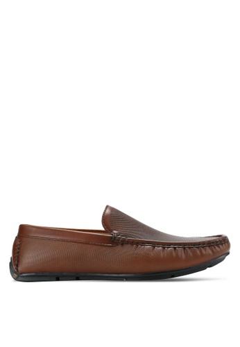 Bata brown Textured Moccassins BA156SH0RCW2MY_1