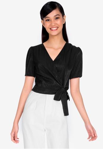 ZALORA BASICS 黑色 Short Sleeve Chambray Wrap Blouse A997FAA83B076FGS_1