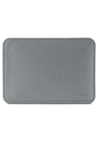 "Incase grey Incase INMB100262-CGY ICON Sleeve with Diamond Ripstop for MacBook 12"" - Cool Gray 8E184ACD8E38BBGS_1"