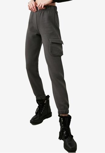 Trendyol grey Pocket Knitted Sweatpants 0CC3FAA4BB3402GS_1