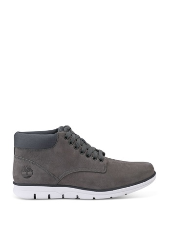 Timberland grey Bradstreet Chukka Boots 33DF2SH86BD843GS_1
