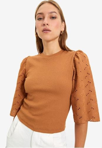 Trendyol brown Puff Sleeve Blouse 55258AAC3E357EGS_1