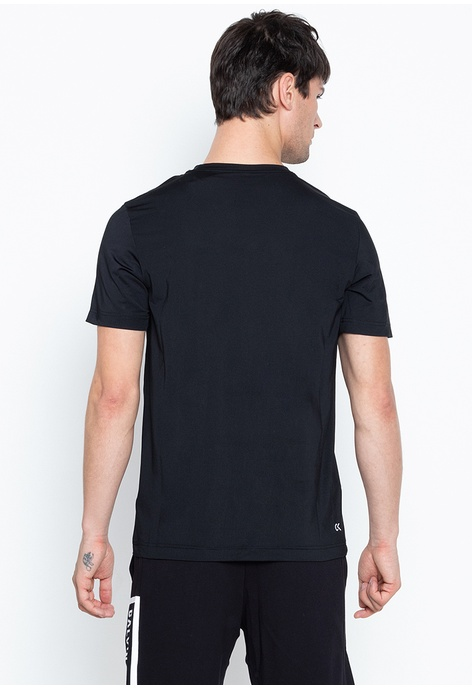 1cc1adf6 T Shirts For Men Online | ZALORA Philippines