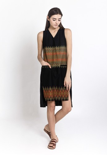 WARANGKA BATIK Halley Pleated Dress In Black