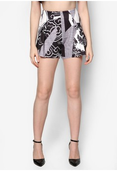 Graphic Print Architectural Fold Shorts