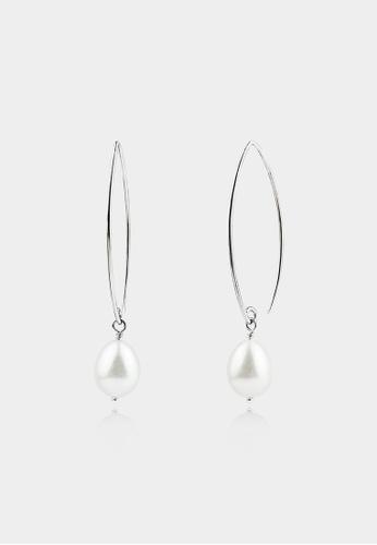 monojewelry OVAL HOOK WITH DROP PEARL EARRINGS (WHITE) 3DF59AC9DD6E38GS_1
