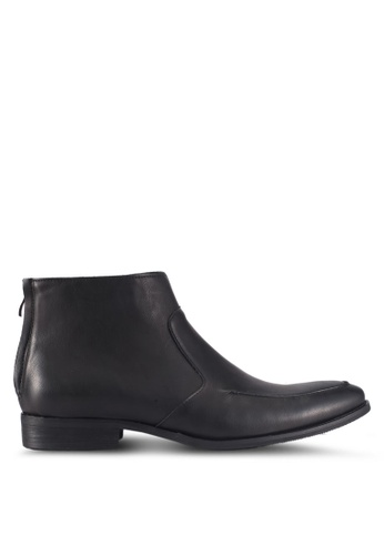 ZALORA black Faux Leather Chelsea Boots 7A90DSH140DA02GS_1