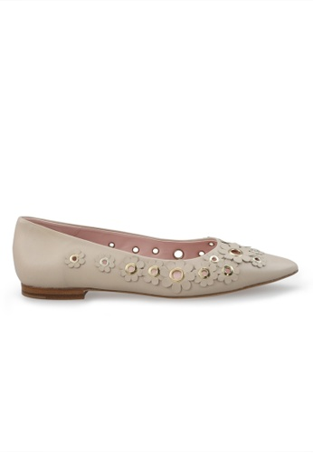 Shu Talk beige Portugal Made Floral Suede Leather Flats SH617SH2VI7DHK_1