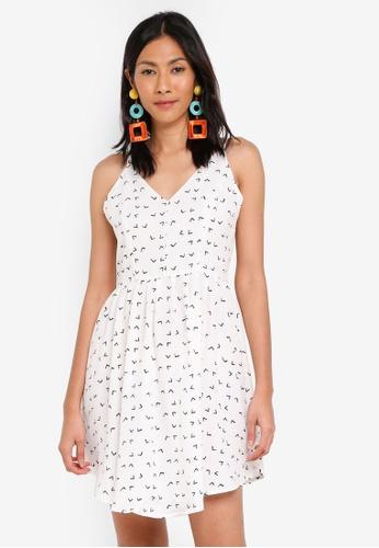 Glamorous white Strappy Skater Dress F7060AA2A5ECBCGS_1