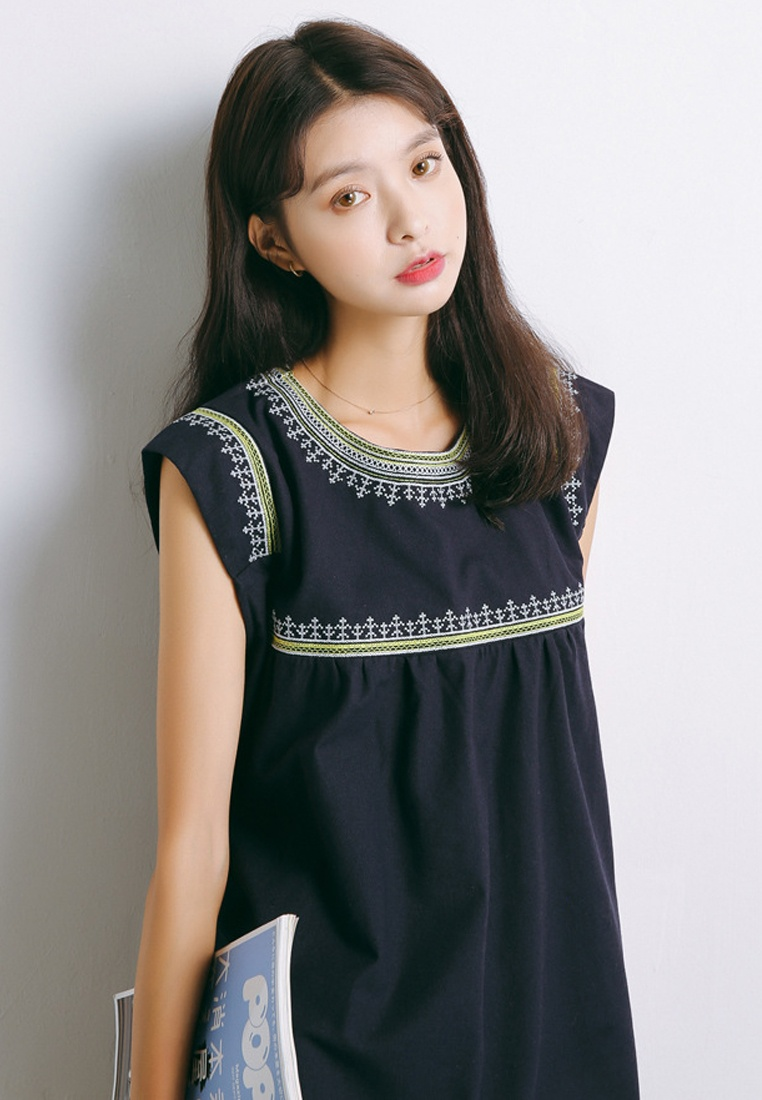 2018 New Sunnydaysweety One Embroidery Dress Piece A041114 Blue Blue FFqaRxwpr