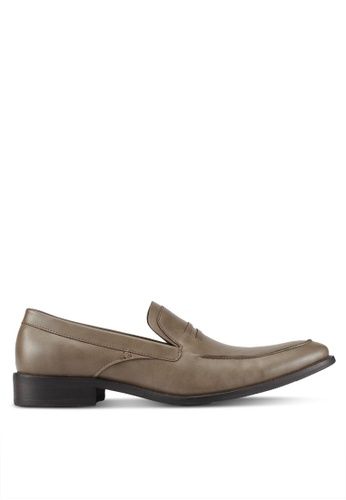 ZALORA brown Faux Leather Dress Loafers 374DDAA91850BBGS_1