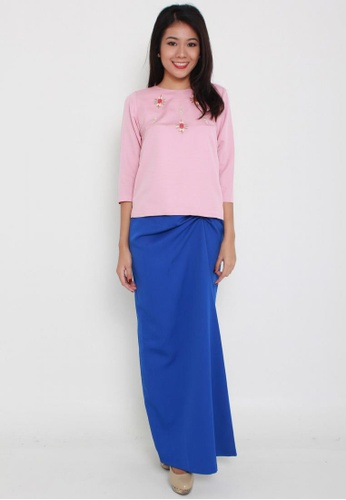 Naphthys Collection pink Odelia Embellished Top NA003AA58ZWRSG_1