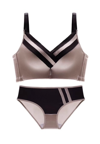 ZITIQUE grey Women's Sexy Glossy Lingerie Set (Bra And Underwear) - Grey 91A6EUSC129143GS_1
