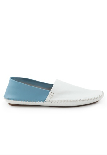 Shu Talk 藍色 型格雙色簡約悠閒爛佬鞋 SH544SH09RJKTW_1