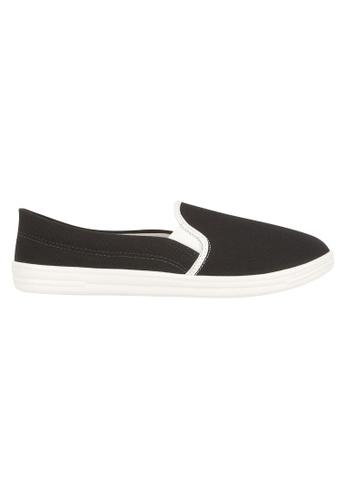 Beira Rio black Solid Color Slip On Sneaker BE995SH92EVVHK_1