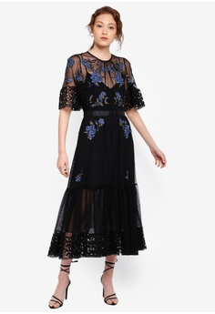 c29b5bbd863 French Connection Ambre Embroidered Floral Dress S$ 394.90. Sizes 6 8 12 14
