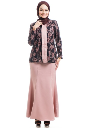 Ashura brown and beige Ivah Kebaya With Layered Lace AE60CAA772C614GS_1