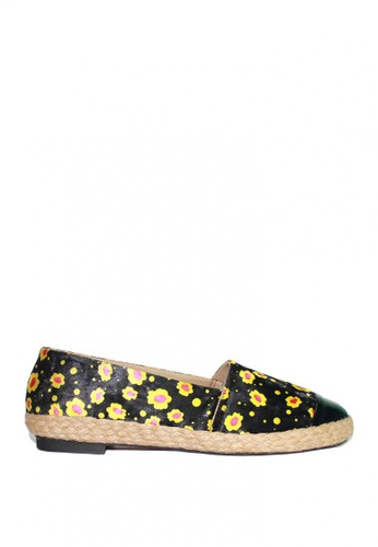 M&G black Darcelle Espadrille by M&G 8B9BCSHE3EC113GS_1