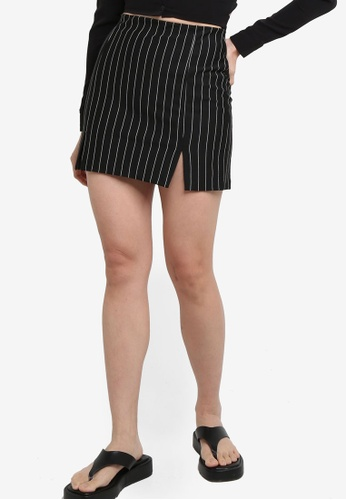 H&M black and multi Short Skirt 0DED8AA47A6D03GS_1