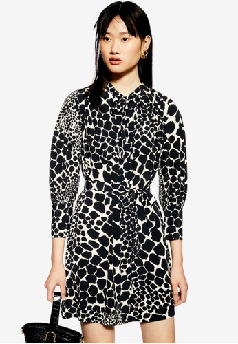 d6d4501e0 Buy TOPSHOP Giraffe Mini Shirt Dress Online | ZALORA Malaysia