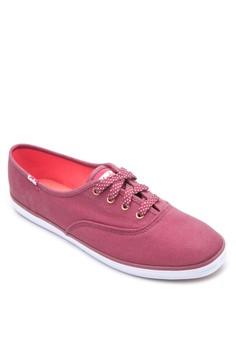 CH Oxford Seasonal Solids Sneakers