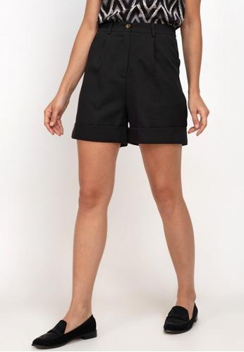 ZALORA WORK black Turn Up Cuffs Shorts 1E3FCAAFC746D9GS_1