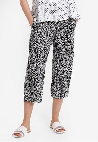 TOPSHOP black Petite Spot Print Plisse Trousers TO412AA39JXGMY_1