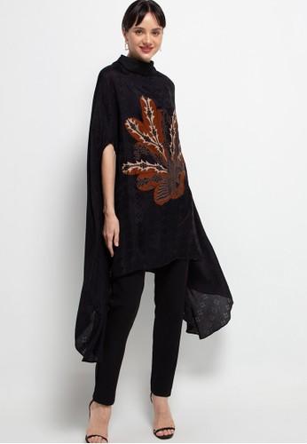 Batik First black Blouse Loose Fit Long Lowo BKK 66B07AA0D906AFGS_1