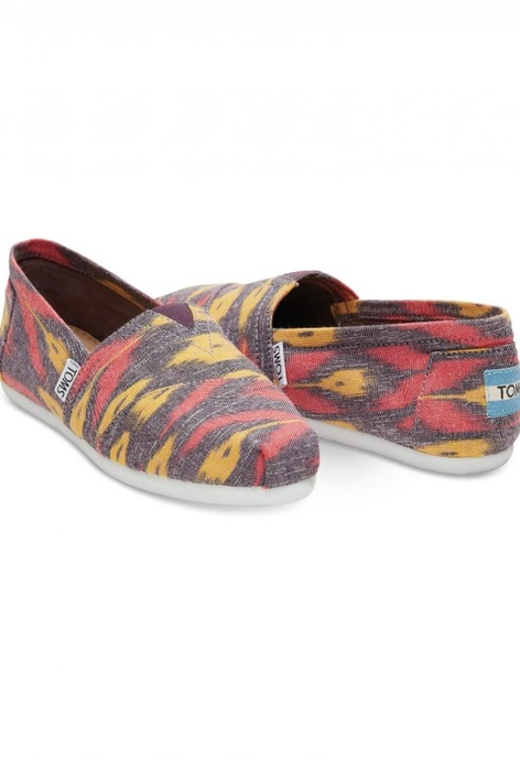 cee71384768 Buy TOMS Latest Collection Online   ZALORA Malaysia
