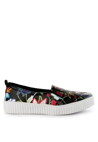 Totally black Simple Slip On Flower 1 EDCE2SH2040454GS_1