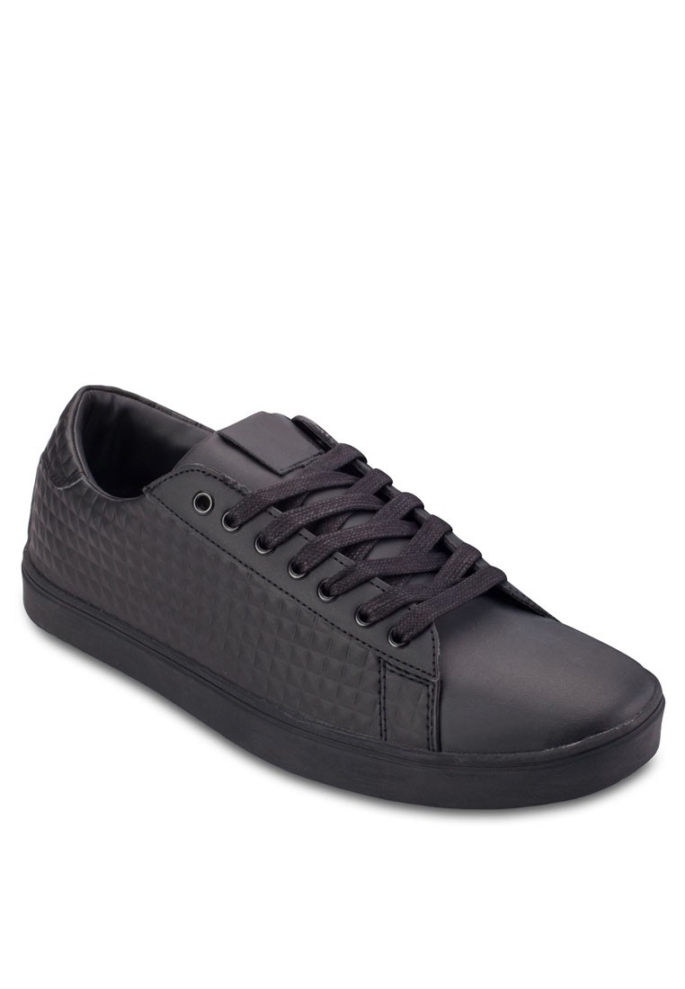 Southgate Black Textured Sneakers