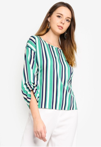 ZALORA green and multi and navy Ruched Sleeves Top 8BD6AAACE9C2B1GS_1