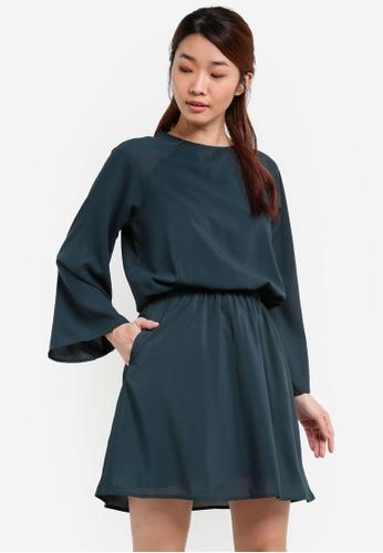 Something Borrowed green Sheer Sleeve Printed Dress C1C66AAE18623EGS_1