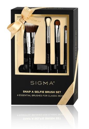 Sigma Beauty black Snap A Selfie Brush Set 496D4BE36E7F90GS_1