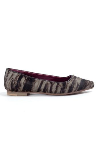 Shu Talk grey Animal Print Pointy Flats Shoes SH397SH0GC2NSG_1