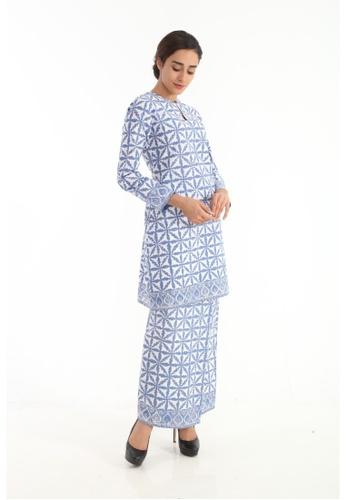 Amar Amran blue Kurung Moden Batik Pastel 71BDDAAA853E69GS_1
