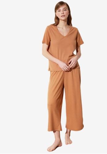 Trendyol beige 2-Piece Pajamas Set EFA64AA3AD909BGS_1