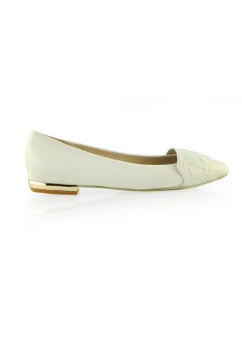Gripz white Tribeband Triangle Lamb Leather Pointed Toe Flats GR357SH61PPYSG_1