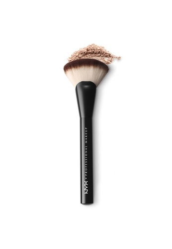 NYX Professional Makeup NYX Professional Makeup Pro Fan Brush 93B17BE3B86C24GS_1