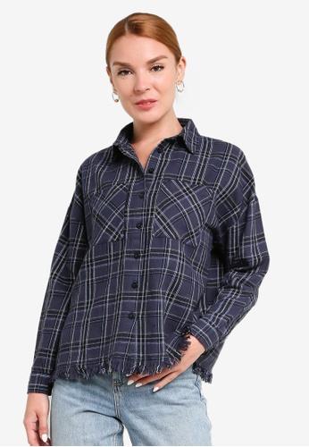 LC Waikiki navy Pocket Detailed Checkered Shirt 0E2E8AAE62806AGS_1