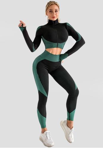 Twenty Eight Shoes green VANSA Pure Color Three-piece Yoga Set VPW-YSJT888 2D5A0AA5FCCCF7GS_1