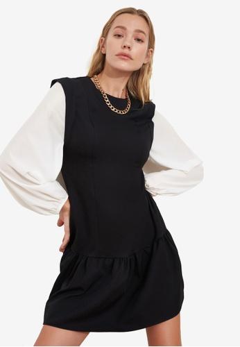 Trendyol black Dropped Hem Long Sleeve Dress 34EFCAA2456DFBGS_1