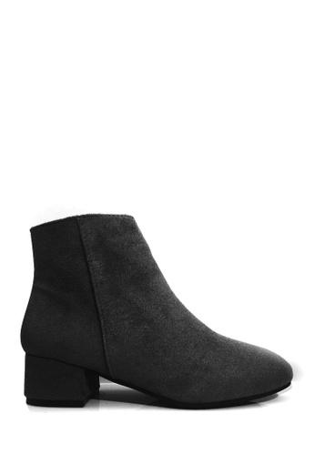 Twenty Eight Shoes black Casual Block-Heel Ankle Boots VB8323 916DBSHCB29D82GS_1