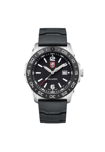 LUMINOX black Luminox Pacific Diver LM3121 Silver and Black Rubber Watch 77A25AC7F0494DGS_1
