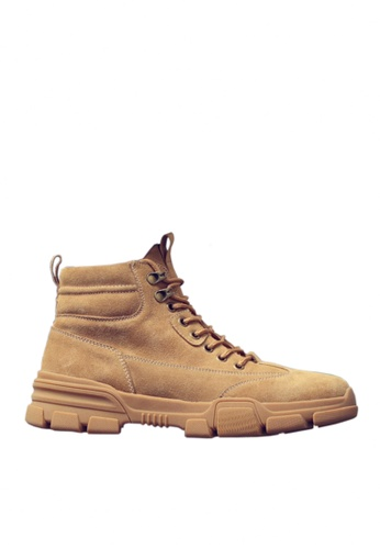 Twenty Eight Shoes 褐色 時尚牛反絨中筒靴 VMB3338 0A67CSH10E1F93GS_1
