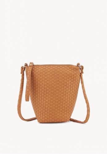 Pomelo brown Woven Textured Crossbody Bag - Brown 8A0E1ACBC94DAEGS_1